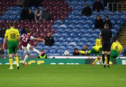 Burnley 1 Norwich City 2