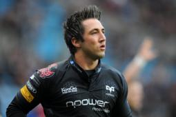 Gavin Henson signs for West Wales Raiders